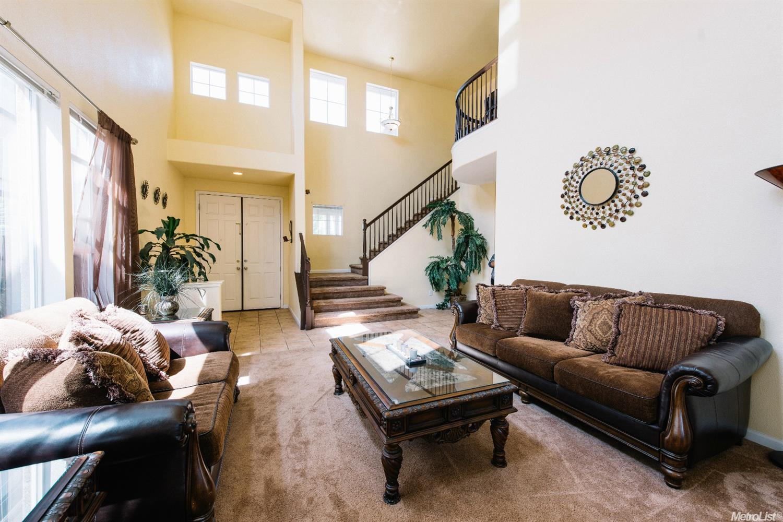 ... Elizabeth Velasco Filipino Real Estate Agent Elk Grove Sacramento  Roseville Bay Area Remax Agent Chamber Of
