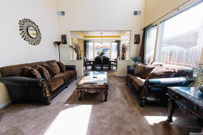 Elizabeth Velasco Filipino Real Estate Agent Elk Grove Sacramento Roseville  Bay Area Remax Agent Chamber Of ...